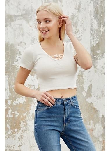 Reyon REYON Kadın V Yaka Crop Bluz Beyaz Beyaz